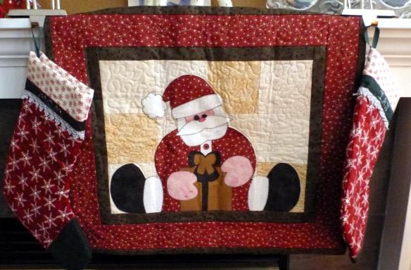 Straddling Santa Wall Quilt