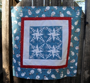 Winter Snowman Quilt - outside