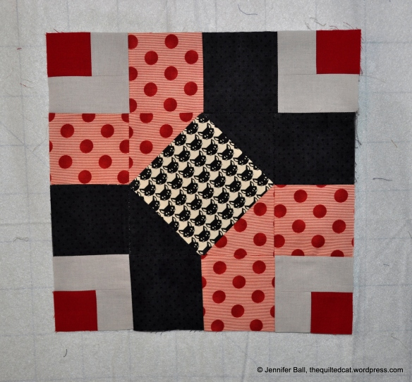 Aurifil BOM, June Block, Chain Links